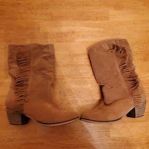 Rampage Tan Size 7 Cowboy boot